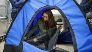 Featured image of Teenage Girls Invent Solar-Powered Tent for Homeless with 3D Printing