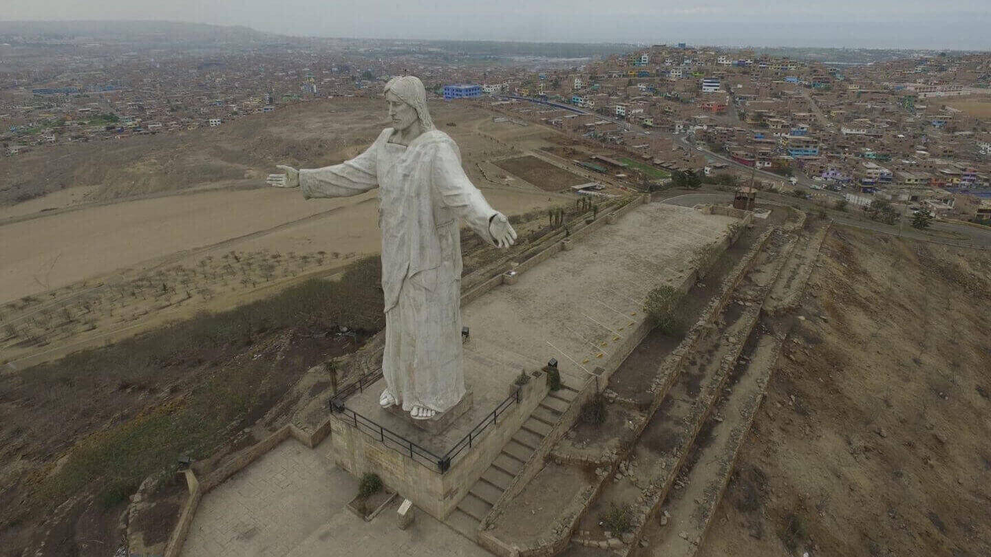 3D Scanning the Statue of Christ of the Pacific Using a Drone | All3DP