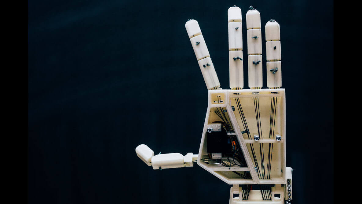 Project Aslan is a 3D Printed Sign Language Robot | All3DP