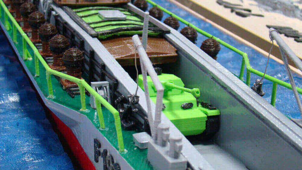 3D Printed Shipwreck Model Built by High School Students | All3DP