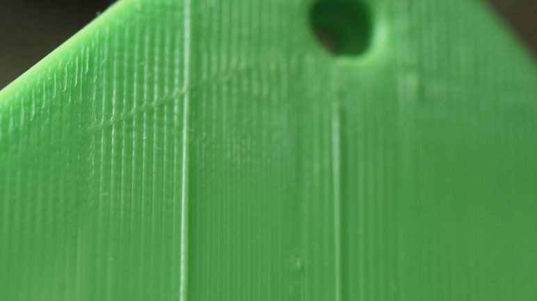 Image of 3D Printing Troubleshooting Common 3D Printing Problems: Diagonal Scars on Print