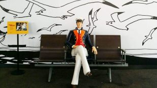 Featured image of Find a Life-Size 3D Printed Corto Maltese in Paris Train Station