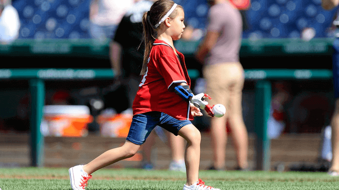 Girl with 3D Printed Hand Aims to Throw First Pitch for All 30 MLB Teams | All3DP