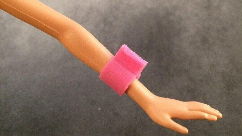 Image of DIY Barbie Accessories: Aegis Clip