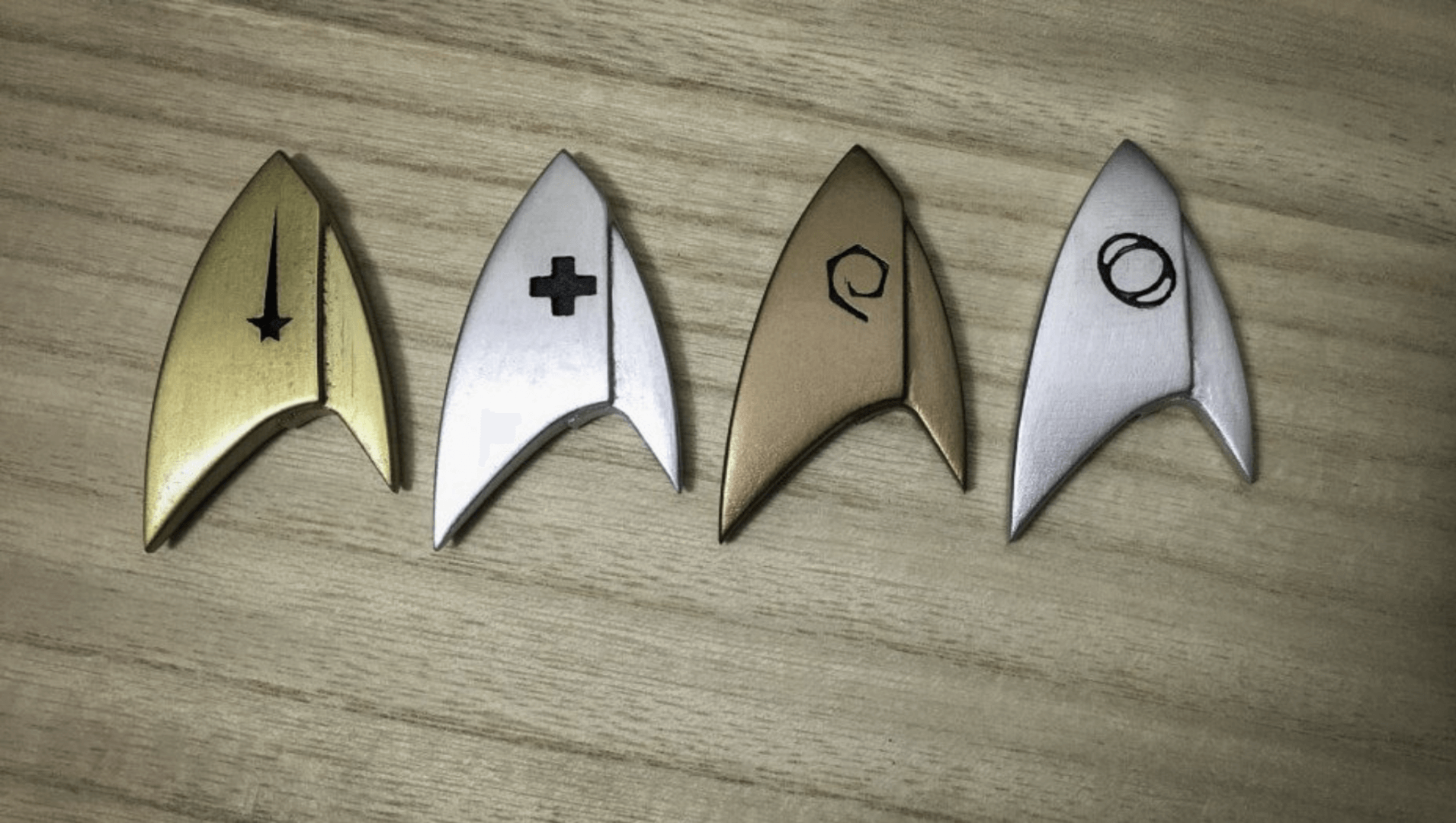 "3D Print Your Own ""Star Trek: Discovery"" Badges 