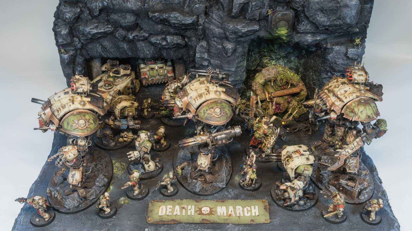 Warhammer Fan Creates Winning Display for Armies of Parade | All3DP
