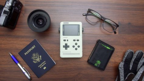 """Featured image of Retro-Game Console """"GameShell"""" Lets You Customize Its Cases"""