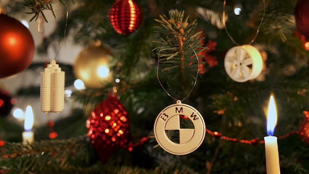 Drive Into the Holiday Season With 3D Printable BMW Christmas Ornaments | All3DP