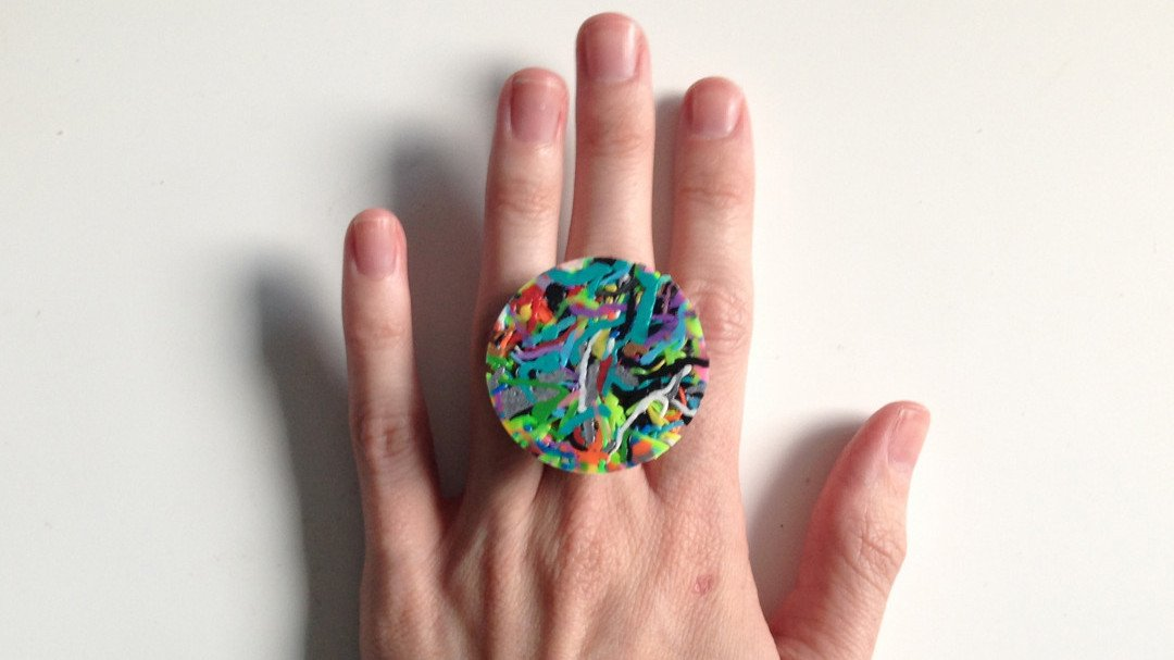 Recycling 3Doodler Waste Filament by Turning it into Jewelry and Decorations | All3DP