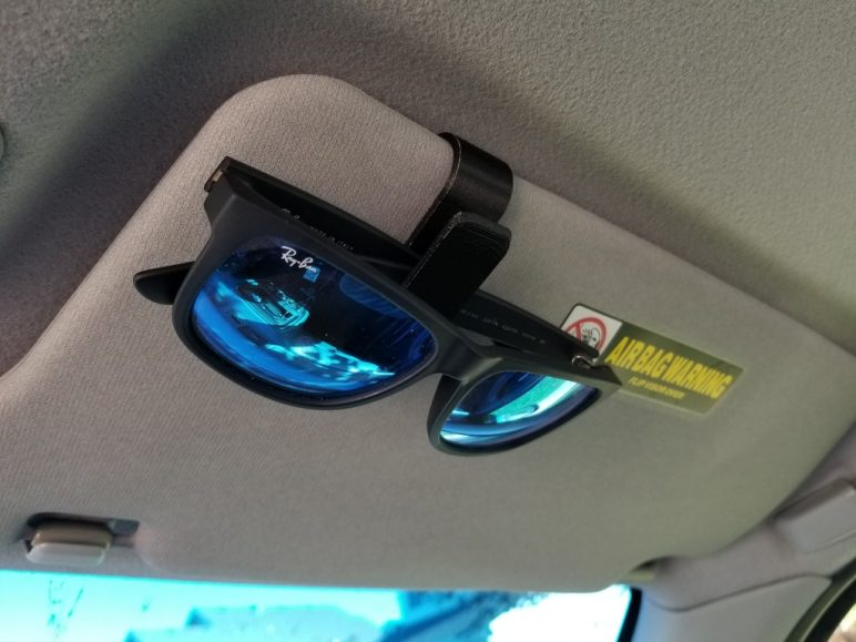 Image of Cool Things to 3D Print: Sunglasses Car Sun Visor Clip