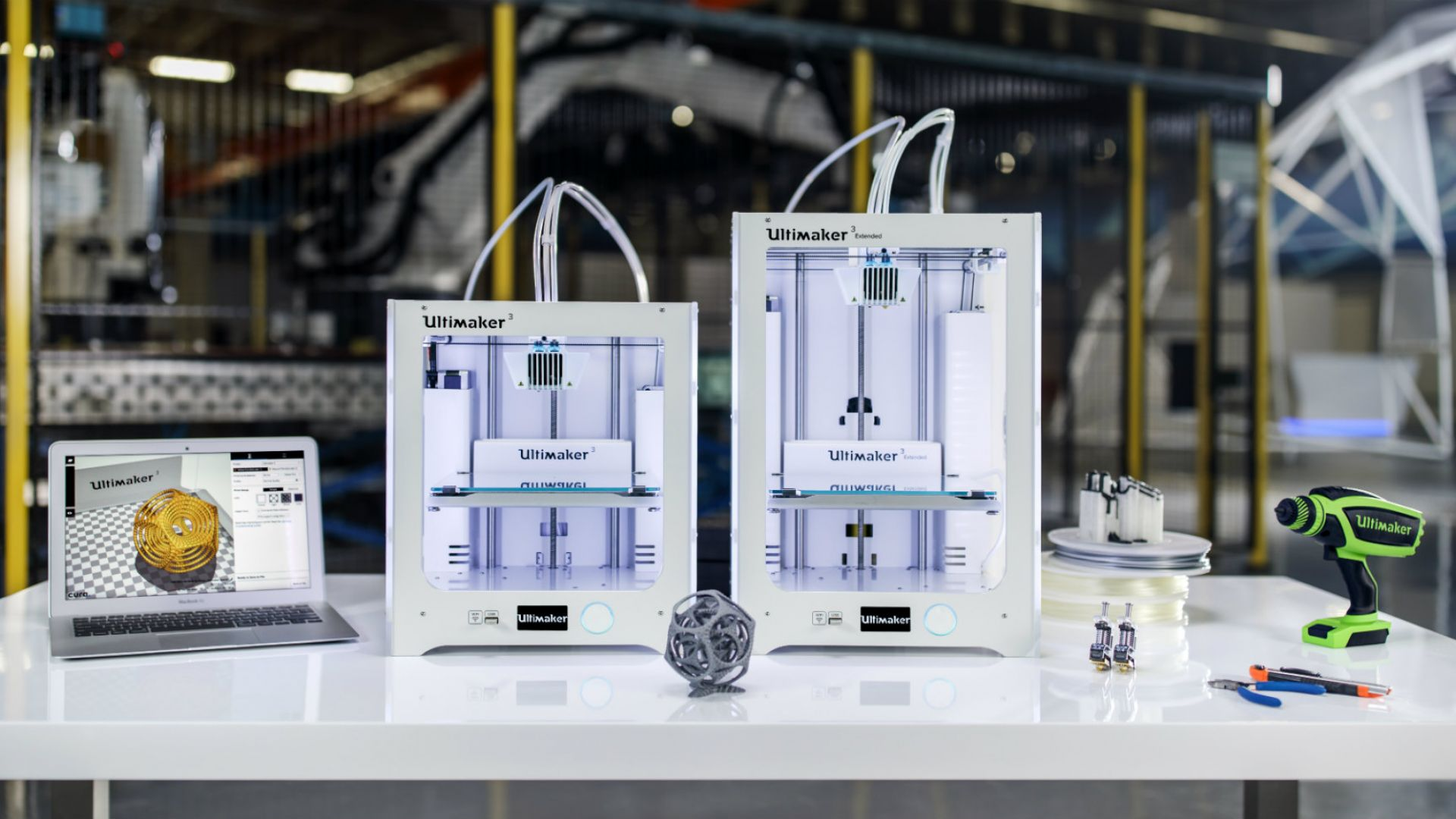 Bosch Invests in Ultimaker 3 Extended 3D Printers to Boost Global Production | All3DP
