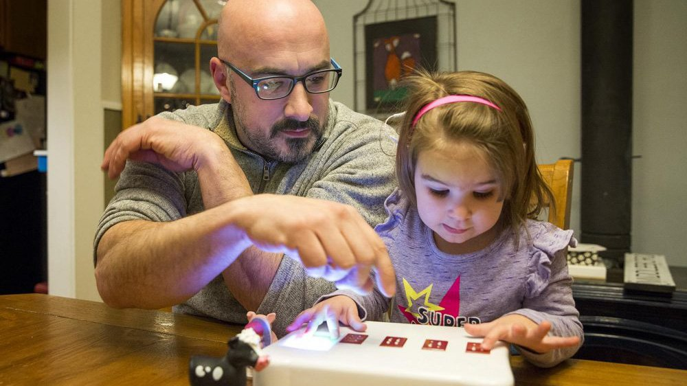 Massachusetts Man Develops Braille Toy for Daughter with Usher Syndrome | All3DP