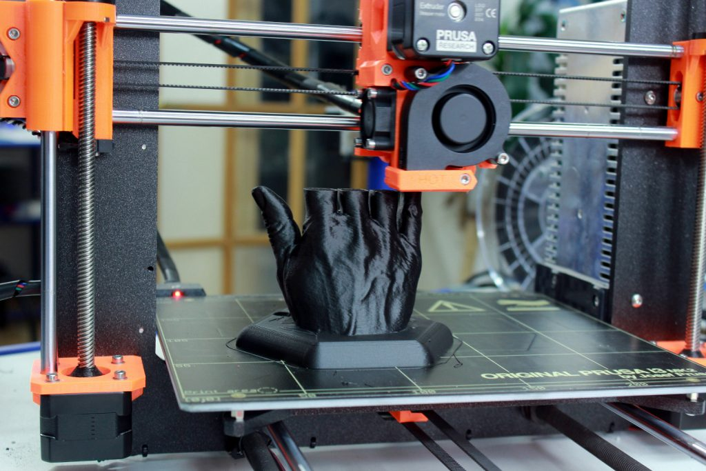 Dyze Design Tungsten Carbide nozzle fitted to a Prusa i3 Mk2, printing colorFabb_XT-CF20