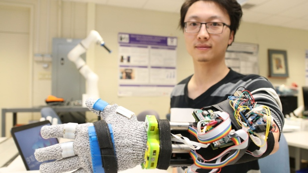 Researchers 3D Print Tremor Suppression Glove to Help Parkinson's Patients | All3DP