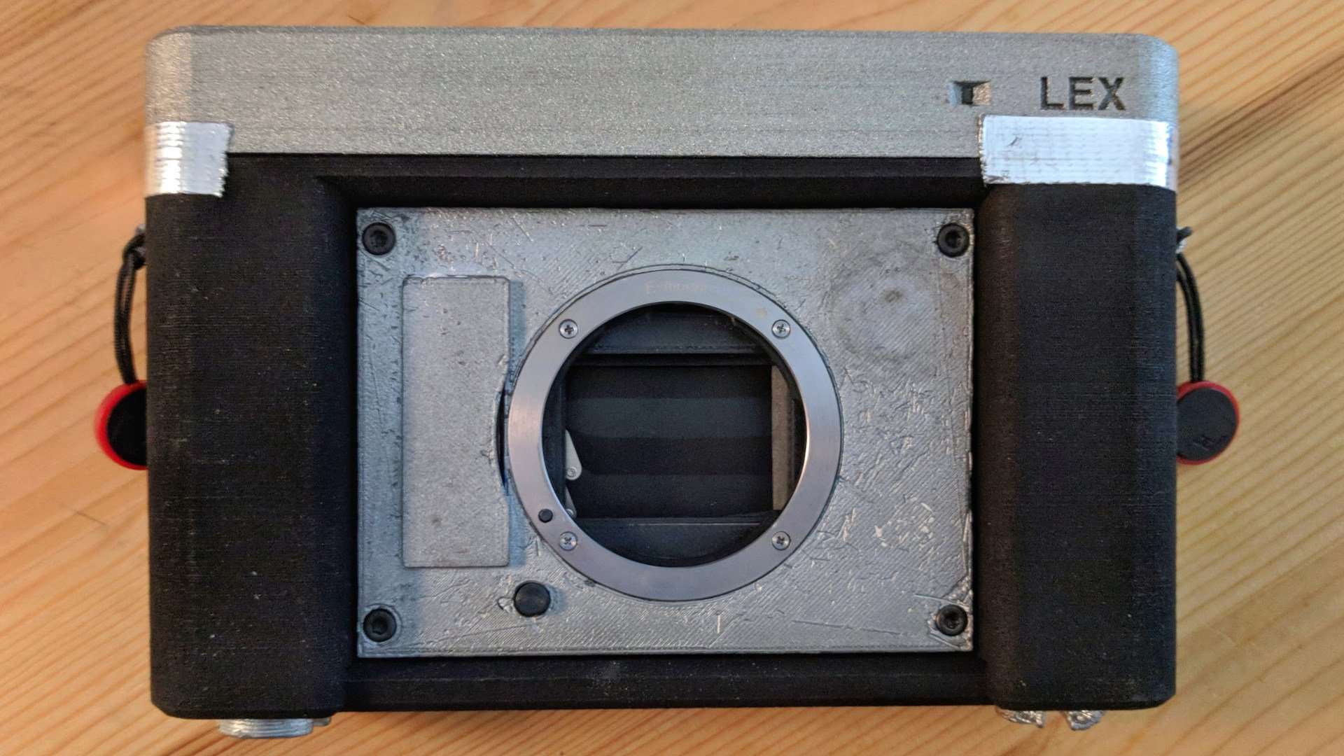 3D Printed Camera Combines 35mm Film with Sony Lenses | All3DP