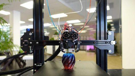 Image de l'en-tête de M3D lance la nouvelle imprimante 3D multicolore Crane Quad