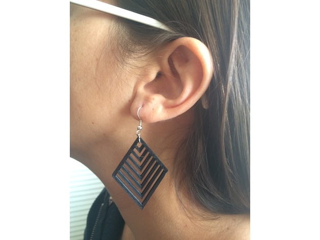 Image of Easy & Fun Things to 3D Print in an Hour (or Less): Simple Earring-Fast Print