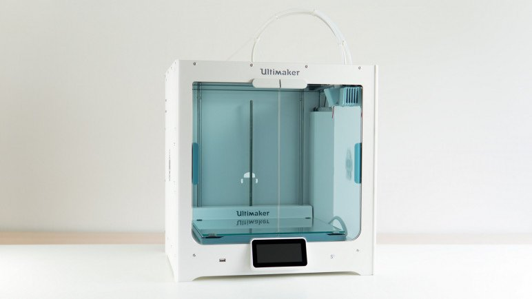 Image of Dual Extruder 3D Printer: Ultimaker S5