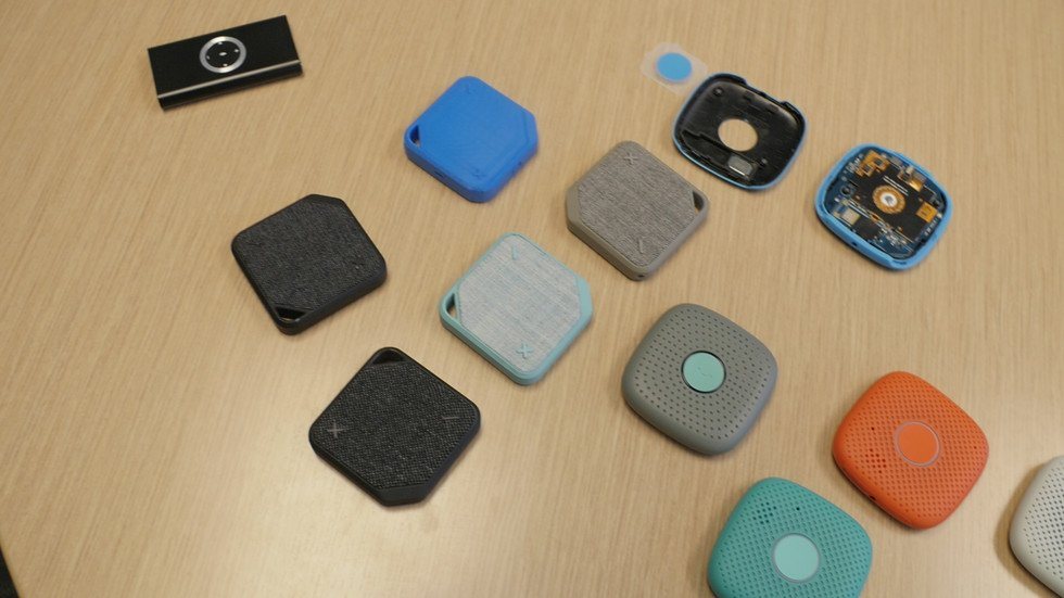 3D Printing Used to Develop Walkie-Talkie Device That Helps Parents Keep Tabs on Kids | All3DP