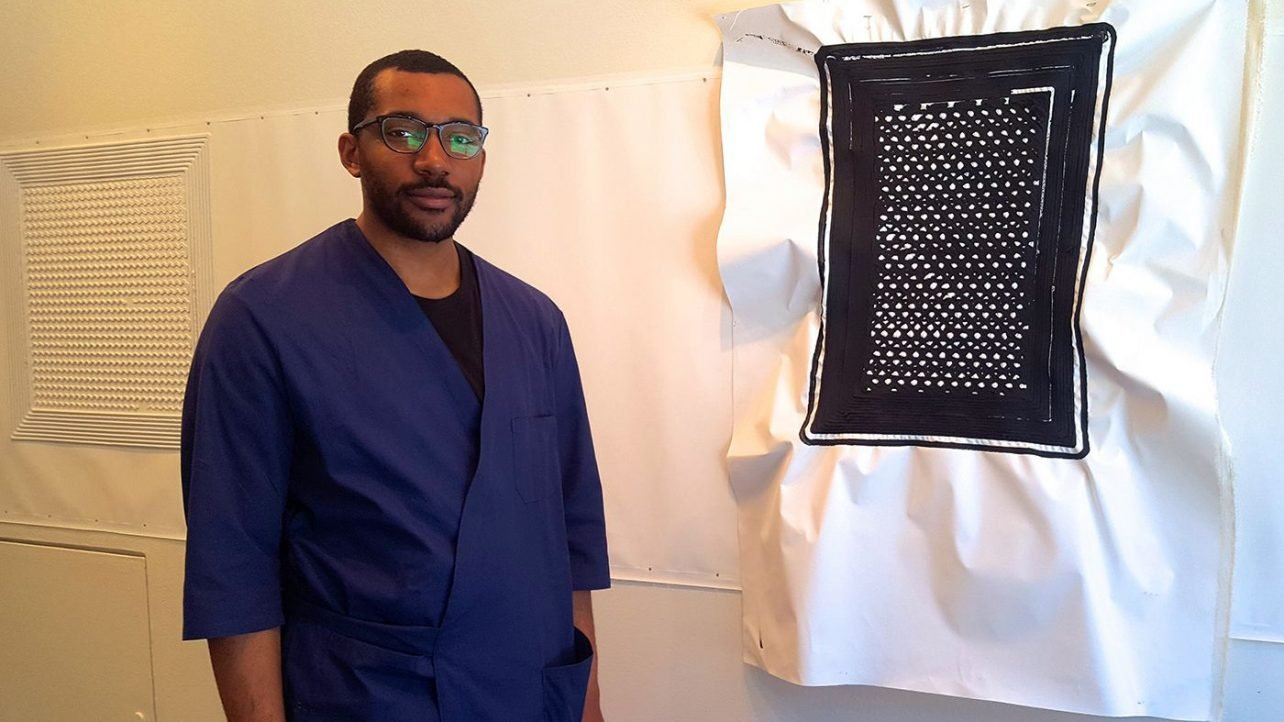 Featured image of Artist Builds 3D Printer That Turns African Tribal Symbols into Sculptures