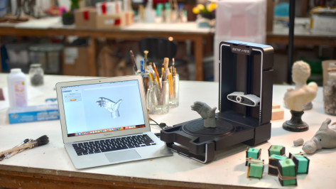Featured image of 2019 Matter and Form 3D Scanner V2 – Review the Specs