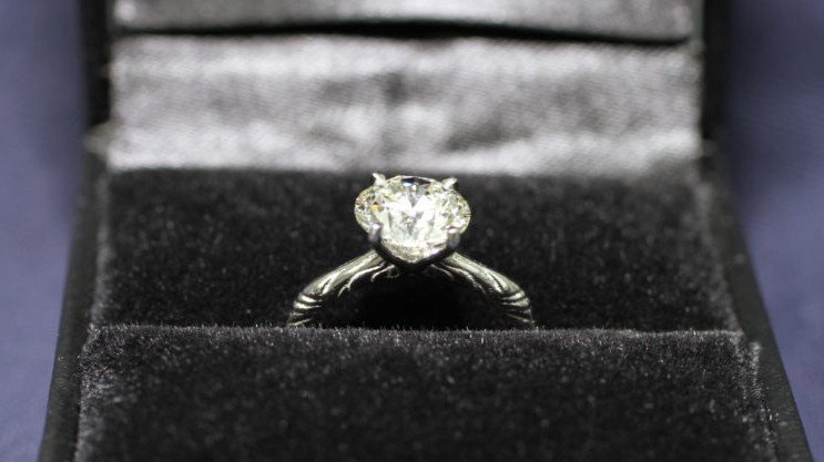 3D Printing an Personalized Engagement Ring for a Proposal | All3DP