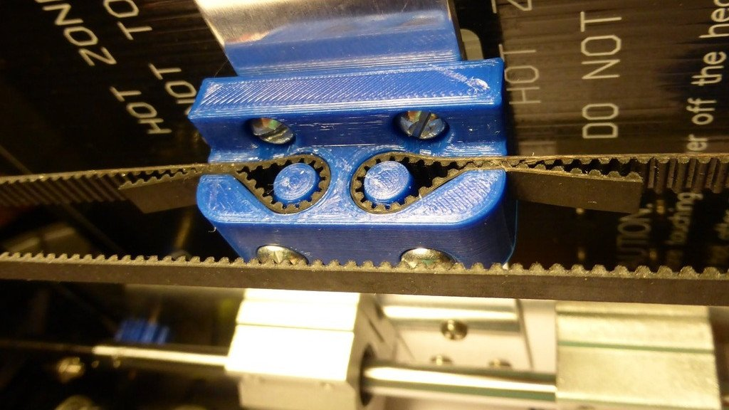 It's just a photo of Anet A8 Printable Upgrades inside extruder