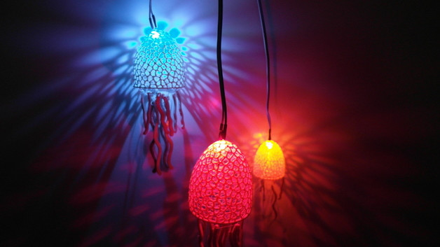 [Project] 3D Print These Seaworthy Voronoi Jellyfish Lights | All3DP