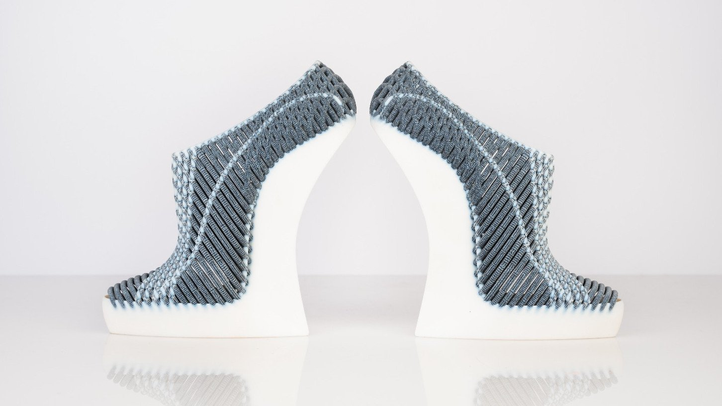 Fashion Design Graduate Takes Major Step With Woven 3D Printed Shoes | All3DP