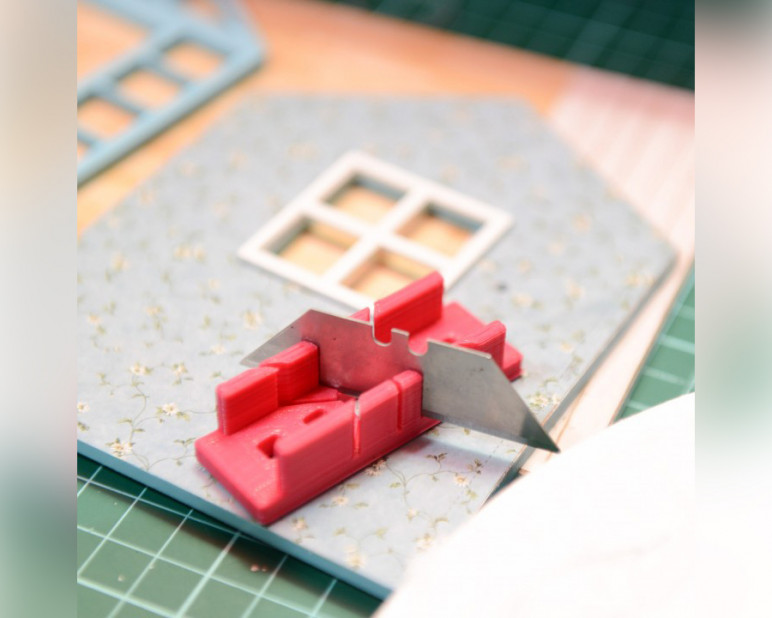 Image of Cool Things to 3D Print: Mini Craft Mitre Box