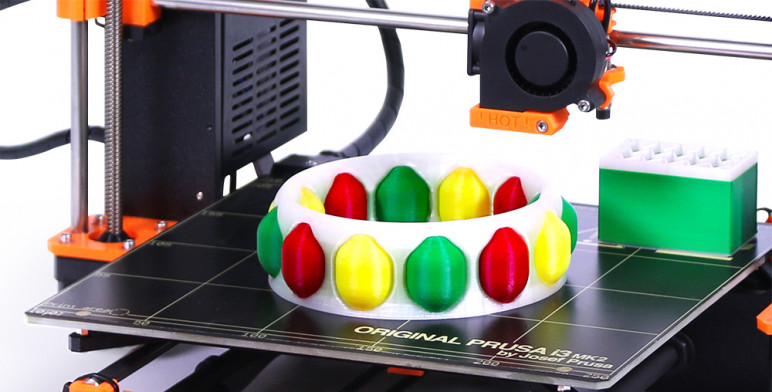 3D printing a multi-material object along with its purge block.