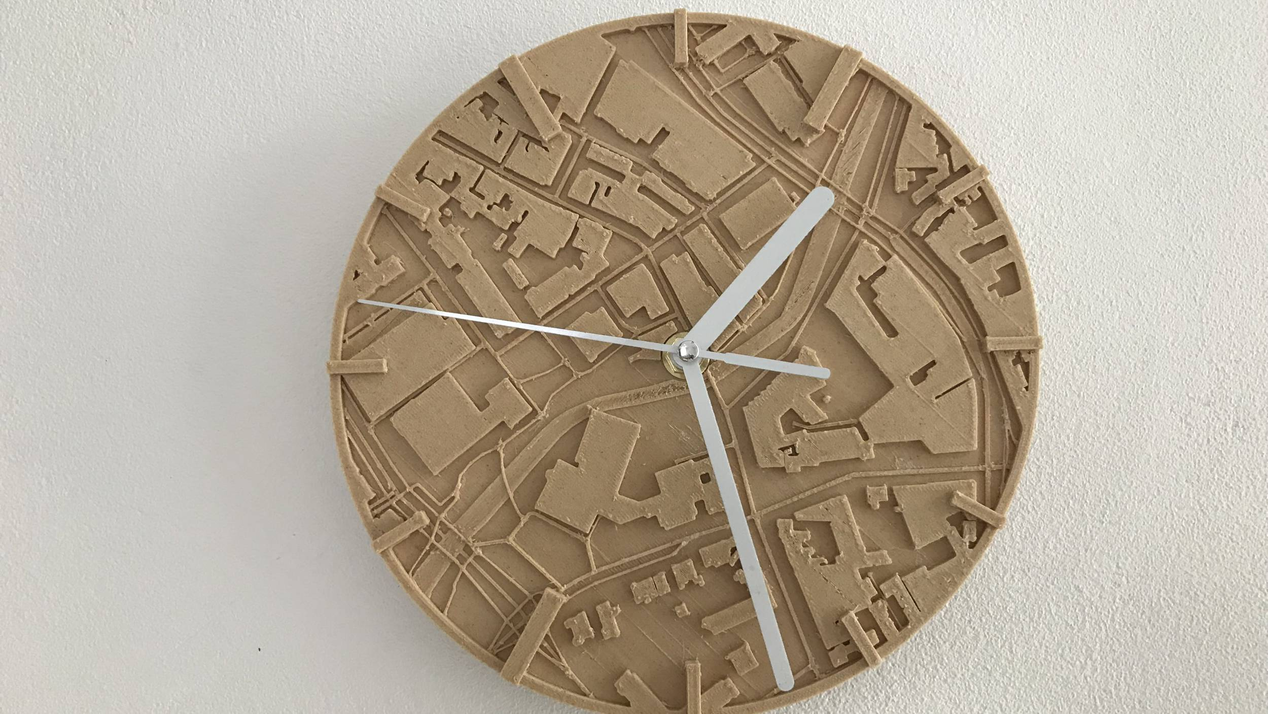 [Project] Make a Customized Map Clock to Celebrate Timeless Memories | All3DP