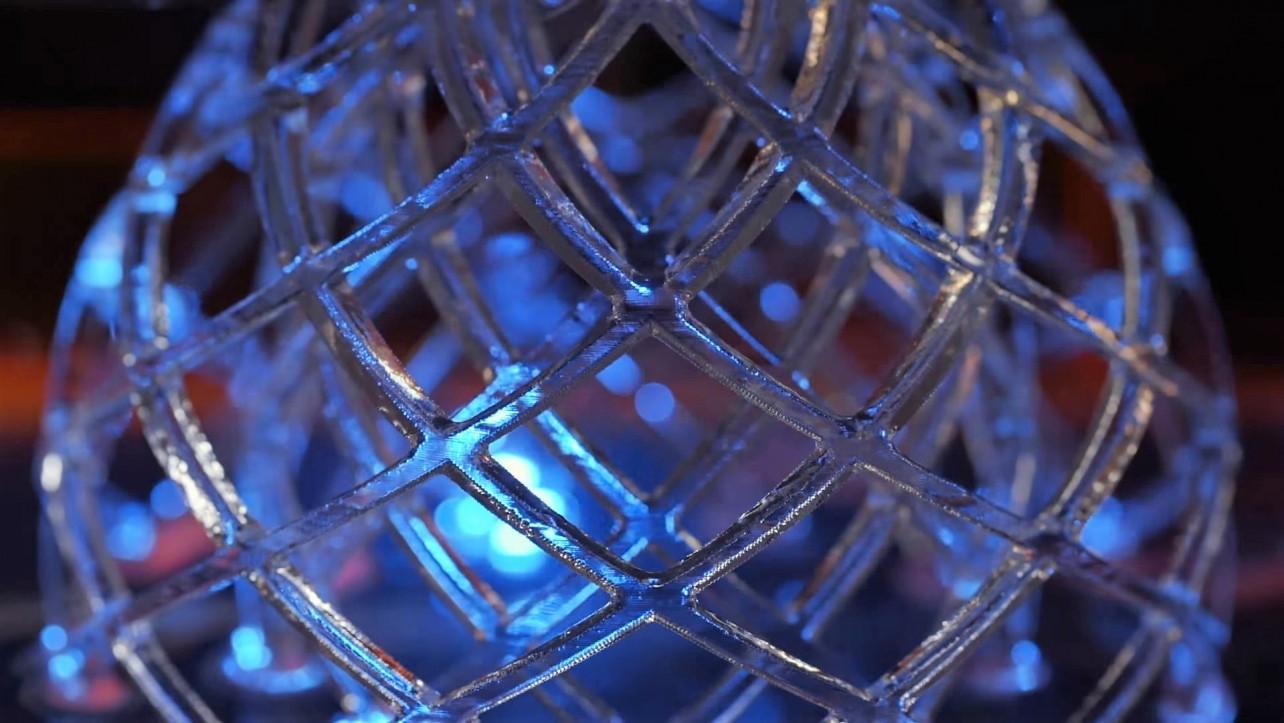 Featured image of DLP vs SLA – 3D Printing Technologies Shootout