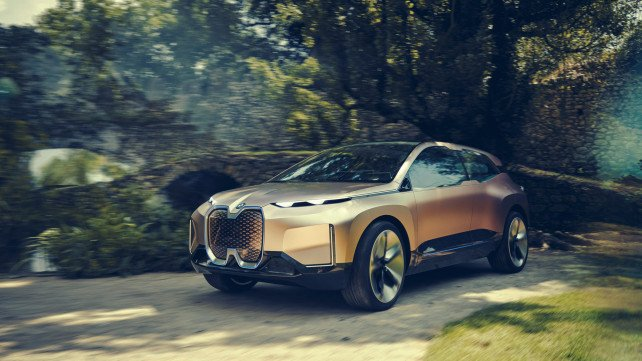 Featured image of BMW's Vision iNEXT Concept Car Features a Sensor-Packed 3D Printed Grille