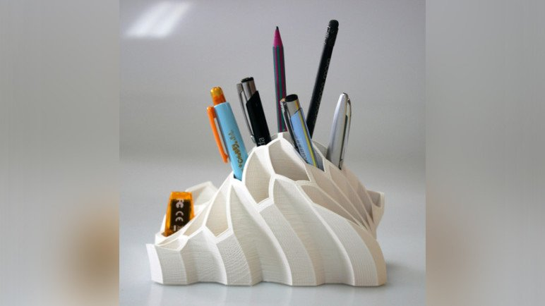 Image of 3D Printing Ideas – 40 Easy Home Decor Things to 3D Print: Pen and Pencil Holder