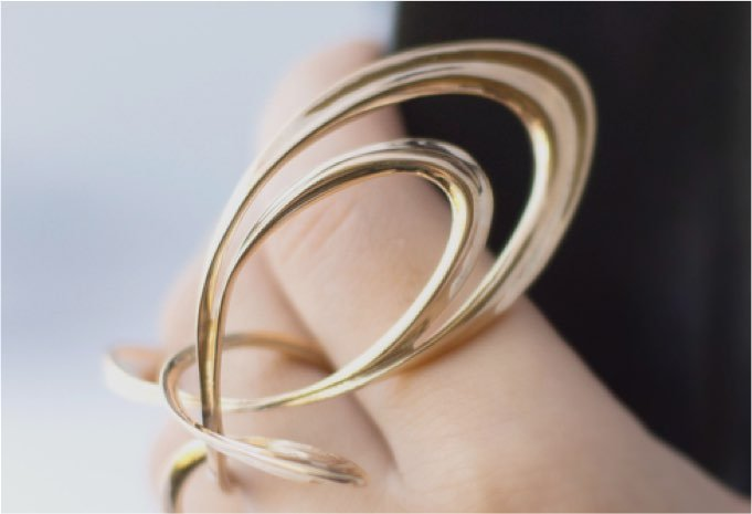 A sample of 3D printed gold jewelry from Shapeways.