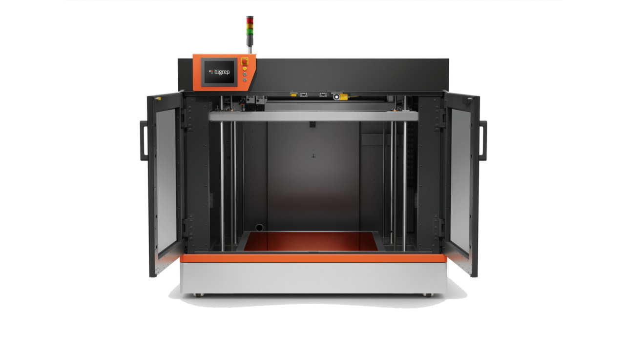 Featured image of BigRep Unveils BigRep PRO & EDGE, Bringing Large-Scale 3D Printing to Professional Heights
