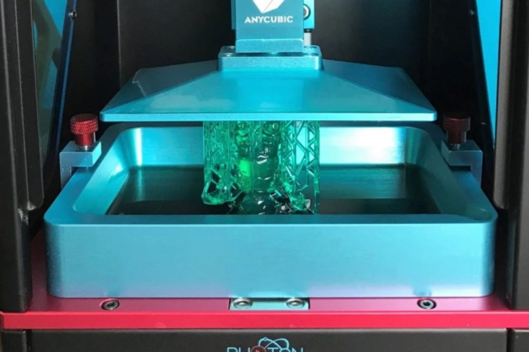 The Anycubic Photon, an LCD 3D printer.