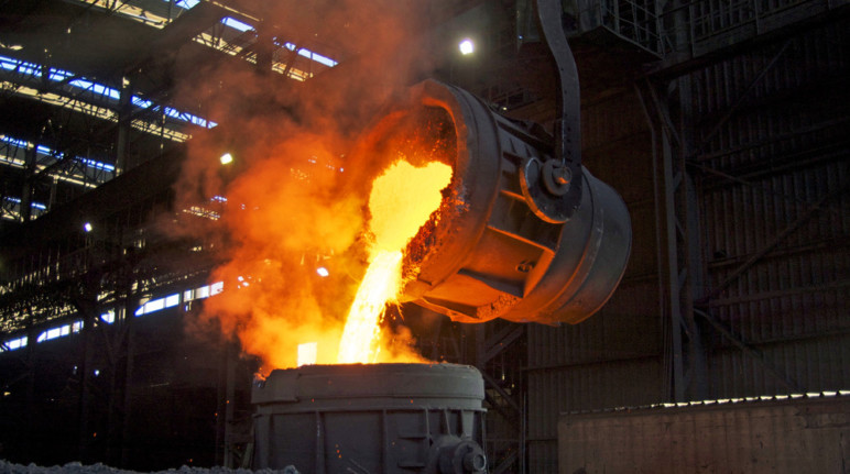 Molten metal is poured into a cast.
