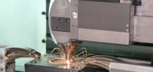 Featured image of Additive vs Subtractive Manufacturing – Simply Explained