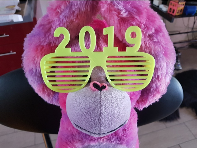 Image of Weekend Project: 3D Printing Projects for New Year's Eve 2019: 2019 Glasses