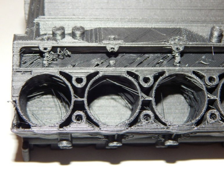 A closer look at the cylinders of this engine reveals many printing issues.