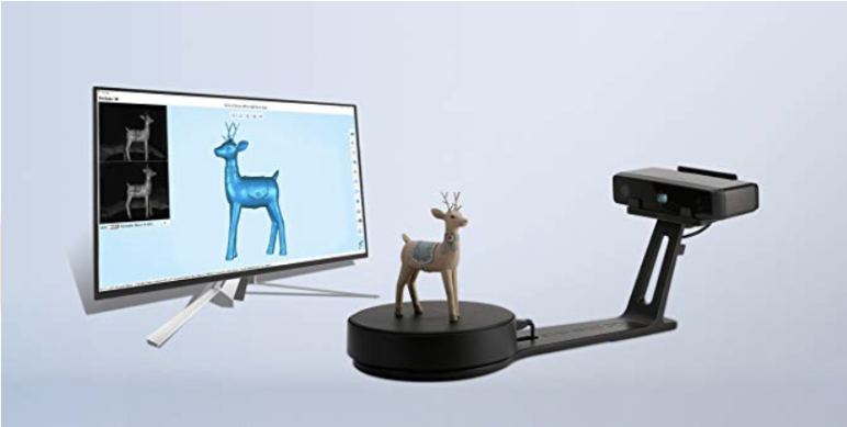 The EinScan SE Desktop 3D scanner.