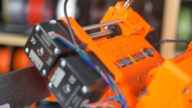 Featured image of 3D Printer Upgrades – 19 Mods to Pimp Your 3D Printer