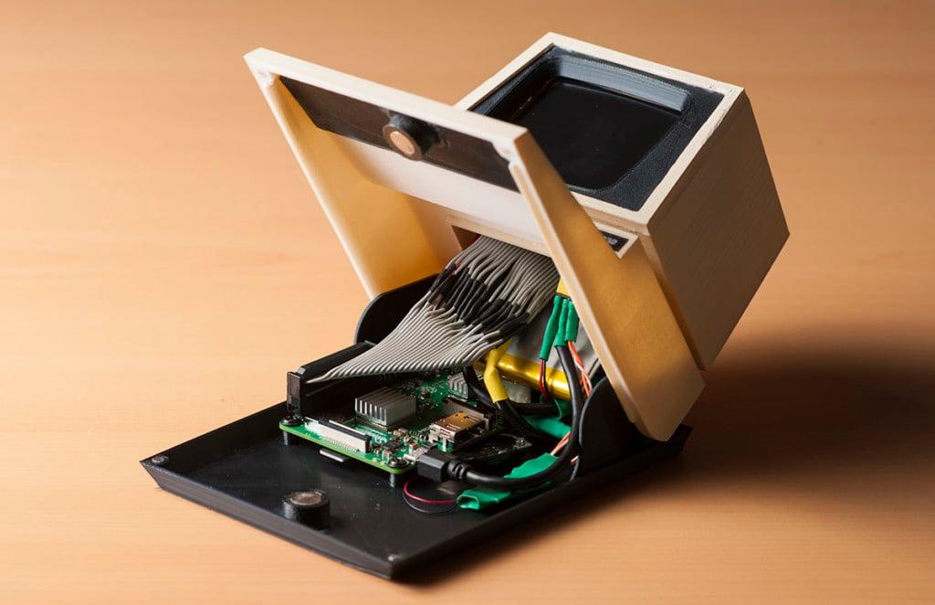 Create a Miniature Commodore PET 8032 Replica Using a 3D Printer and