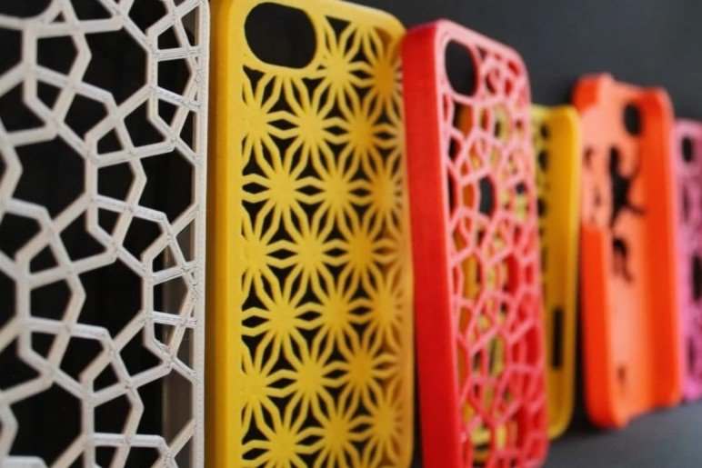 Phone cases made of TPU.