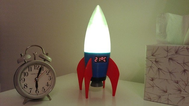 [Project] Keep it Cool With a 3D Printed Retro Rocket LED Lamp/Thermometer | All3DP