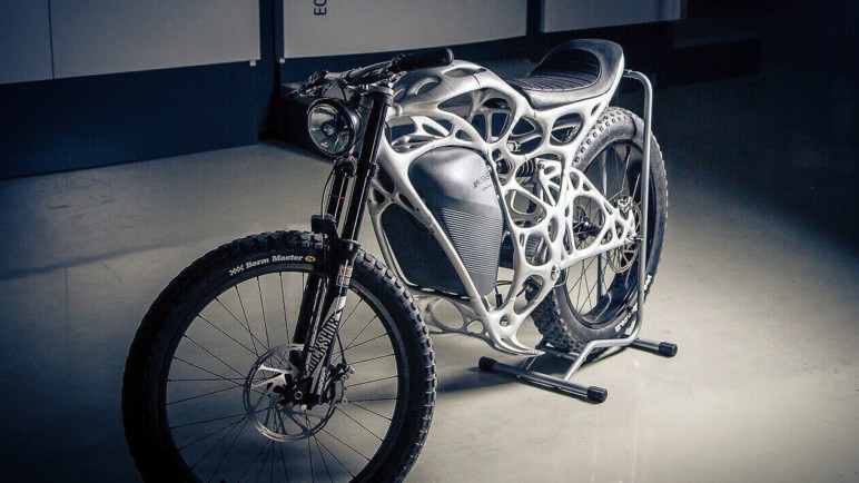 A motorcycle with 3D-printed frame.