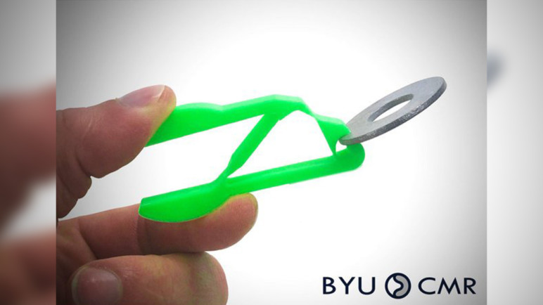 Imagen de Cosas para imprimir en 3D: modelos 3D y objetos 3D útiles: Pinzas completamente ajustables