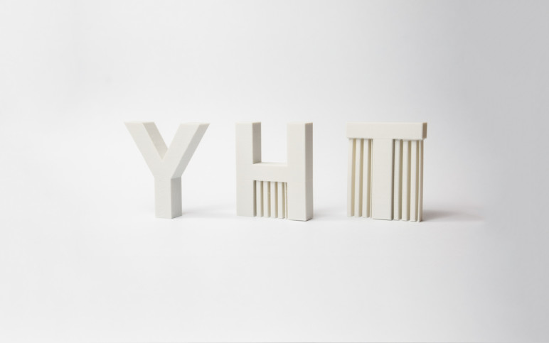 Letters Y, H and T 3D printed following the 45° rule. The Y can be printed without support!